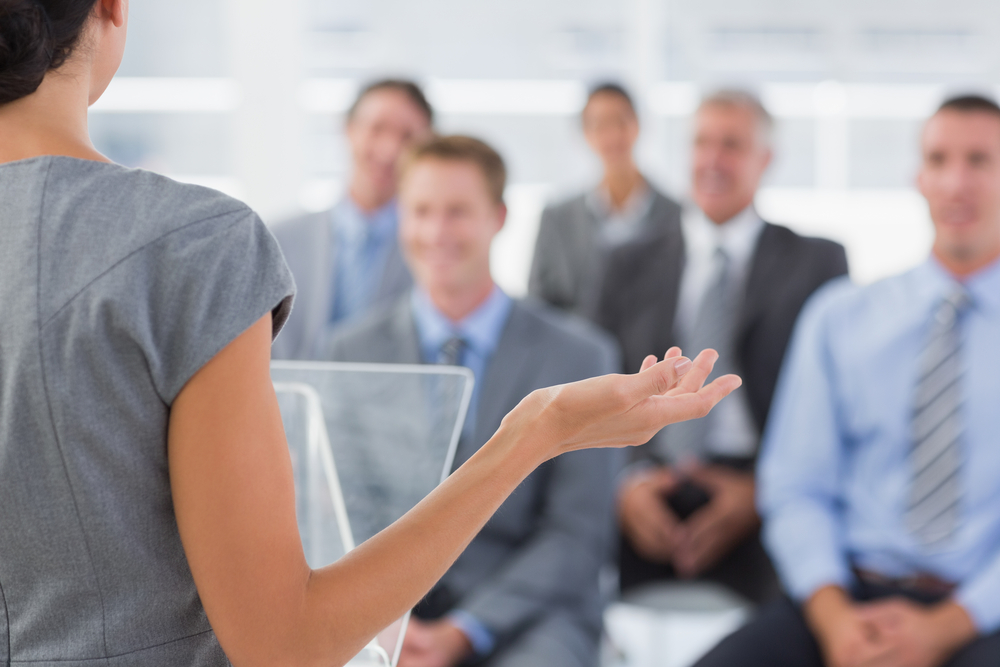 formação de inglês para falar em publico